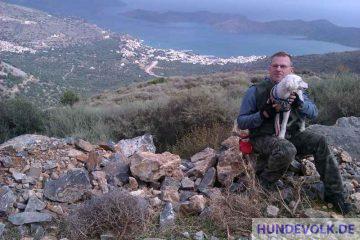 Mit Hund auf Kreta.